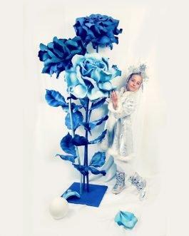 Новогодняя композиция. Розы из фоамирана