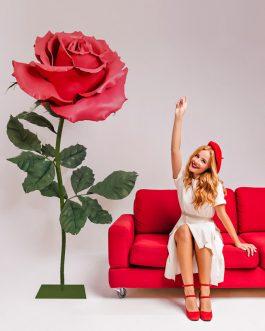 Ростовая роза на подставке